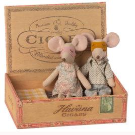 SOURIS Maileg Maman et Papa avec boîte – S 15 cm