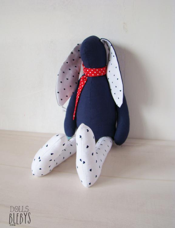doudou lapin bleu marine