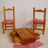 table pliée et ses 2 chaises poupée