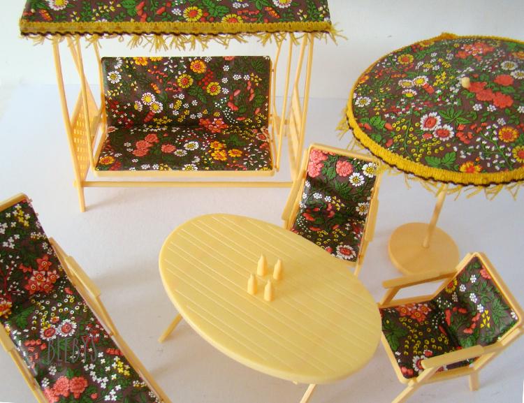 Barbie 1970 salon de jardin pour poup es mannequins - Jardins contemporains meubles accessoires ...