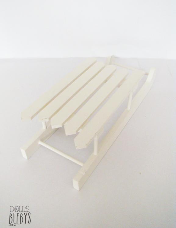 traineau en bois pour poupees