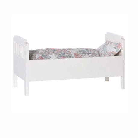 lit maileg small bois blanc avec garniture