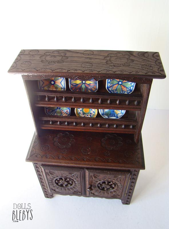 vaisselier breton miniature pour poup es ou d coration int rieure. Black Bedroom Furniture Sets. Home Design Ideas
