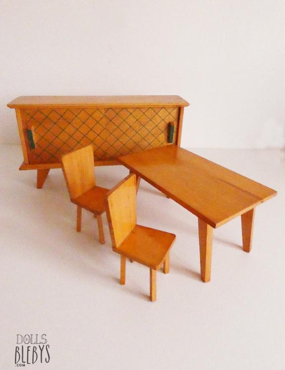 mobilier 1960 poupees Vintage complet