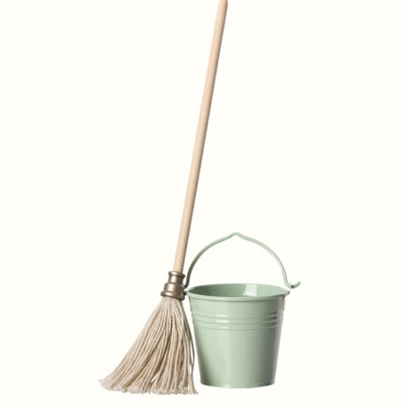 seau et balai maileg bucket and mop