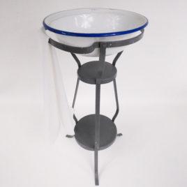 Vintage table de toilette poupees