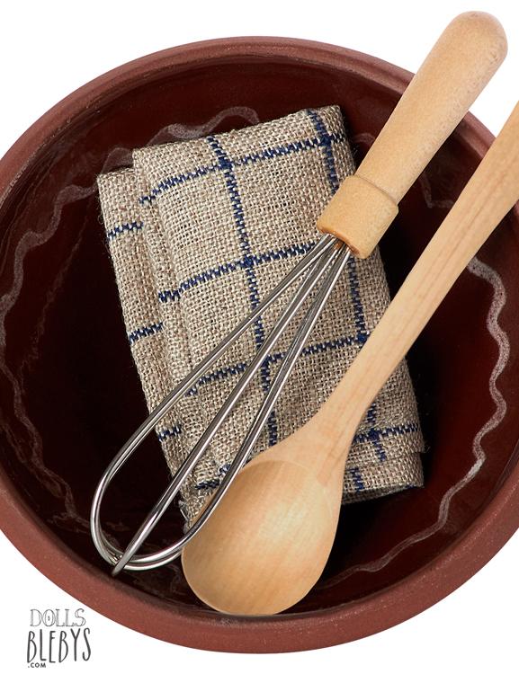 coffret maileg ustensiles de cuisine ustensiles livr s dans une jolie bo te. Black Bedroom Furniture Sets. Home Design Ideas