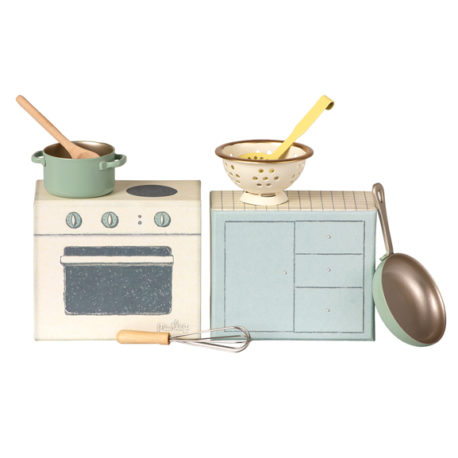 cuisiniere maileg set de cuisine cooking set
