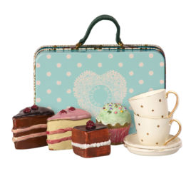 11-9300-00 valise maileg cakes suitcase maileg