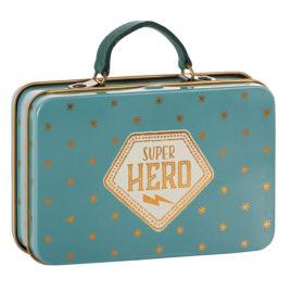 VALISE Maileg Bleue Super Héros – métal 11 x 7,5 cm