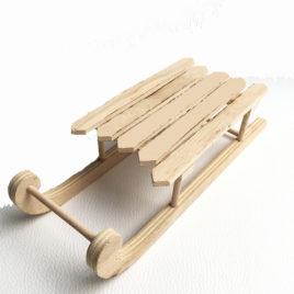 Luge en bois décorative  Longueur 23 cm